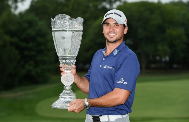 EDISON, NJ - AUGUST 30: Jason Day of Australia poses with the winner's trophy on the 18th green after his six-stroke victory at The Barclays at Plainfield Country Club on August 30, 2015 in Edison, New Jersey.   Ross Kinnaird, Image: 256843804, License: Rights-managed, Restrictions: , Model Release: no, Credit line: Profimedia, AFP
