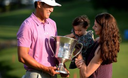 James Hahn celebrates his victory in the Wells Fargo Championship with his daughter, Kailee, 14 months, and wife, Stephanie Hahn, on Sunday, May 8, 2016, at Quail Hollow Club in Charlotte, N.C. (Photo by Jeff Siner/Charlotte Observer/TNS) *** Please Use Credit from Credit Field ***, Image: 283731188, License: Rights-managed, Restrictions: *** World Rights *** US Newspapers Out ***, Model Release: no, Credit line: Profimedia, SIPA USA