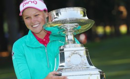 SAMMAMISH, WA - JUNE 12: Brooke Henderson of Canada poses with the trophy after winning the KPMG Women's PGA Championship at the Sahalee Country Club on June 12, 2016 in Sammamish, Washington.   Scott Halleran, Image: 290232149, License: Rights-managed, Restrictions: , Model Release: no, Credit line: Profimedia, Getty images