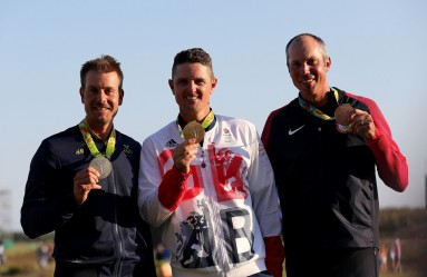 (160814) -- RIO DE JANEIRO, Aug. 14, 2016 () -- Gold medalist Britain's Justin Rose (C), silver medalist Sweden's Henrik Stenson (L) and bronze medalist Matt Kuchar of the United States of America attend the awarding ceremony for the men's individual competition of Golf at the 2016 Rio Olympic Games in Rio de Janeiro, Brazil, on Aug. 14, 2016. (Xinhua/Li Ming) (xr), Image: 296946871, License: Rights-managed, Restrictions: WORLD RIGHTS excluding China - Fee Payable Upon Reproduction - For queries contact Photoshot - sales@photoshot.com  London: +44 (0) 20 7421 6000  Los Angeles: +1 (310) 822 0419  Berlin: +49 (0) 30 76 212 251, Model Release: no, Credit line: Profimedia, Uppa entertainment