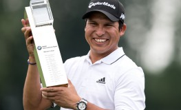 Argentinian professional golfer Andres Romero celebrates with the trophy after the men's singles 4th round event at the International Open Europa Tour in Moosinning, Germany, 25 June 2017. Romero is the winner of the Golf International Open 2017. Photo: Sven Hoppe/dpa, Image: 339163912, License: Rights-managed, Restrictions: GERMANY OUT, Model Release: no, Credit line: Profimedia, AFP