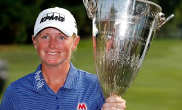 PORTLAND, OR - SEPTEMBER 03: Stacy Lewis poses wth the winner's trophy on the 18th green after her victory during the final round of the LPGA Cambia Portland Classic at Columbia Edgewater Country Club on September 3, 2017 in Portland, Oregon.   Jonathan Ferrey, Image: 348244723, License: Rights-managed, Restrictions: , Model Release: no, Credit line: Profimedia, Getty images