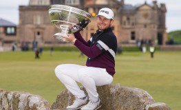 8th October 2017, Old Course, St Andrews, Scotland; Alfred Dunhill Links Championship, final round; Tyrrell Hatton on the 18th green with the Alfred Dunhill Links Championship Cup after his -24 card and win, Image: 352228960, License: Rights-managed, Restrictions: , Model Release: no, Credit line: Profimedia, Actionplus