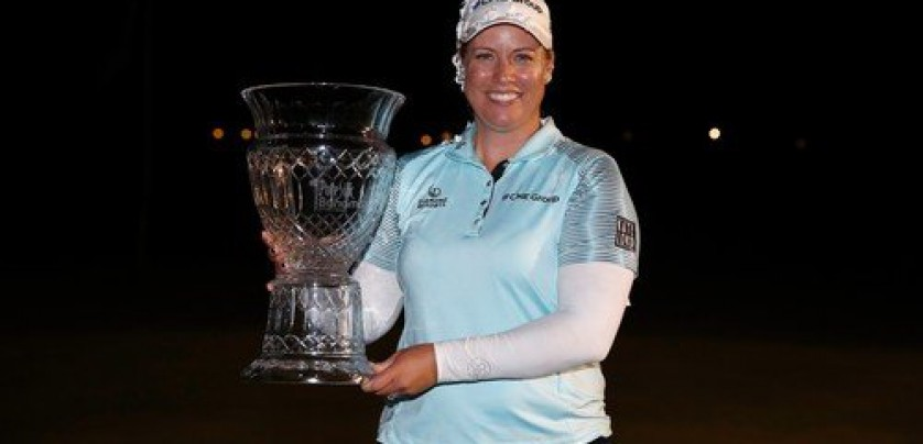 PARADISE ISLAND, BAHAMAS - JANUARY 28: Brittany Lincicome holds the winner's trophy after winning the Pure Silk Bahamas LPGA Classic at the Ocean Golf Course on January 28, 2018 in Paradise Island, Bahamas.   Andy Lyons, Image: 361648356, License: Rights-managed, Restrictions: , Model Release: no, Credit line: Profimedia, Getty images